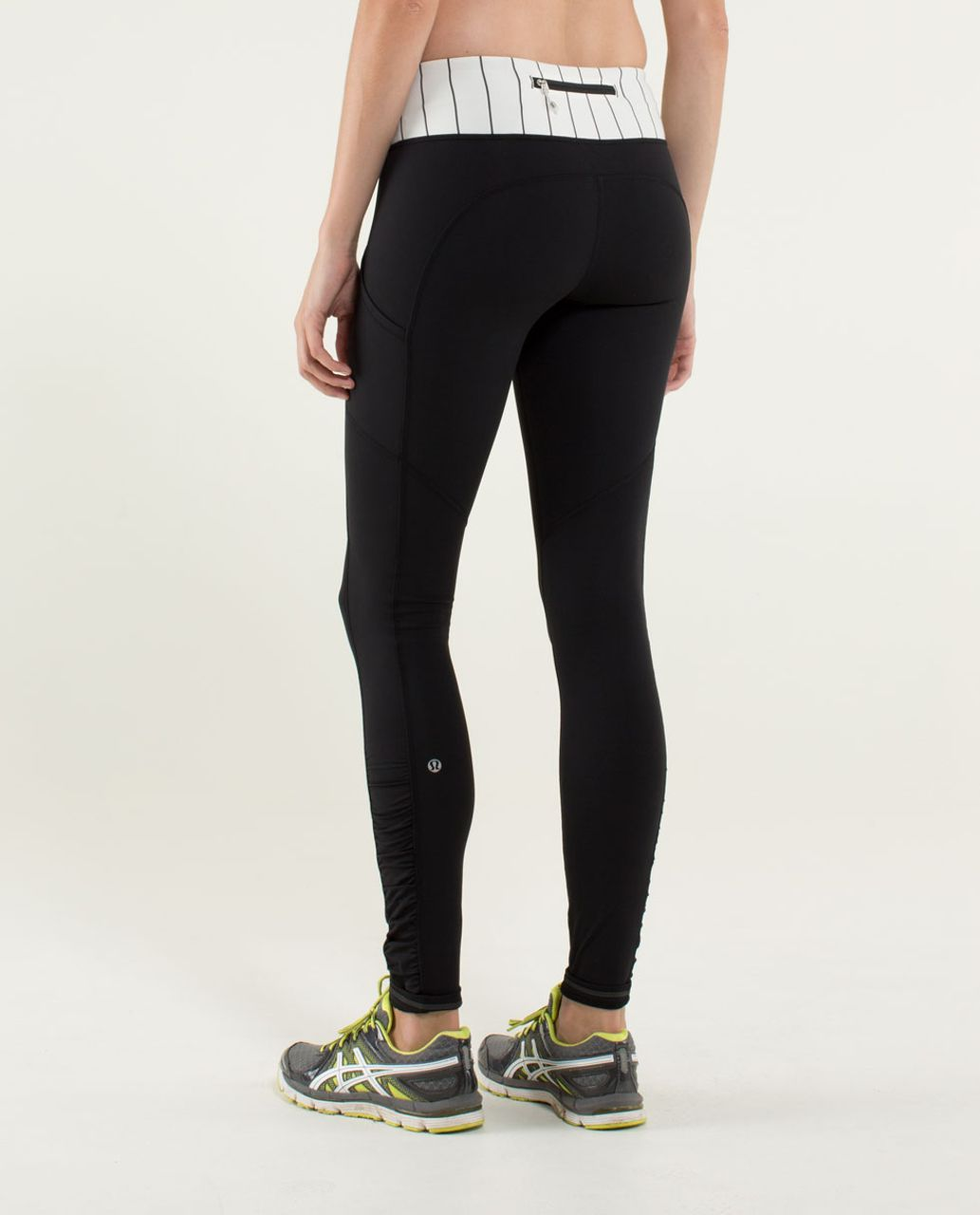 Lululemon Speed Tight *Cozy - Black / Slalom Stripe Angel Wing