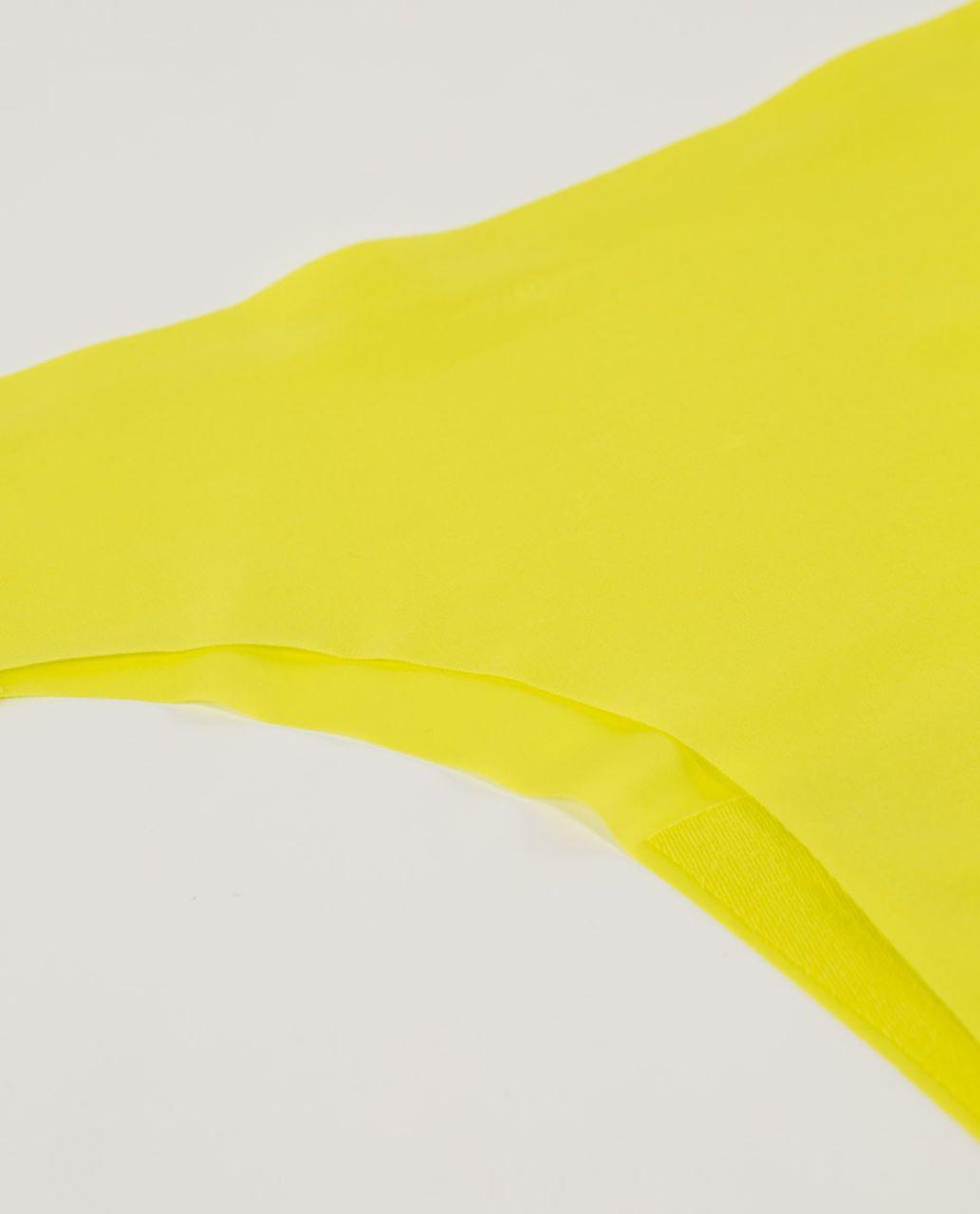 Lululemon Light As Air Thong - Split Pea