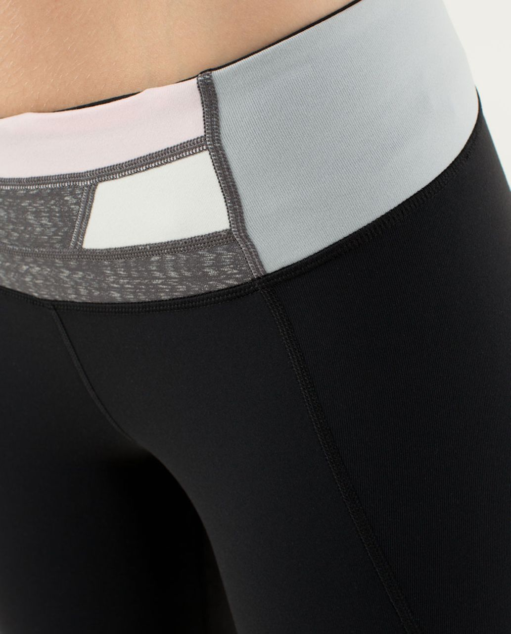 Lululemon Gather & Crow Crop - Black / Quilt 18 Fall 2013