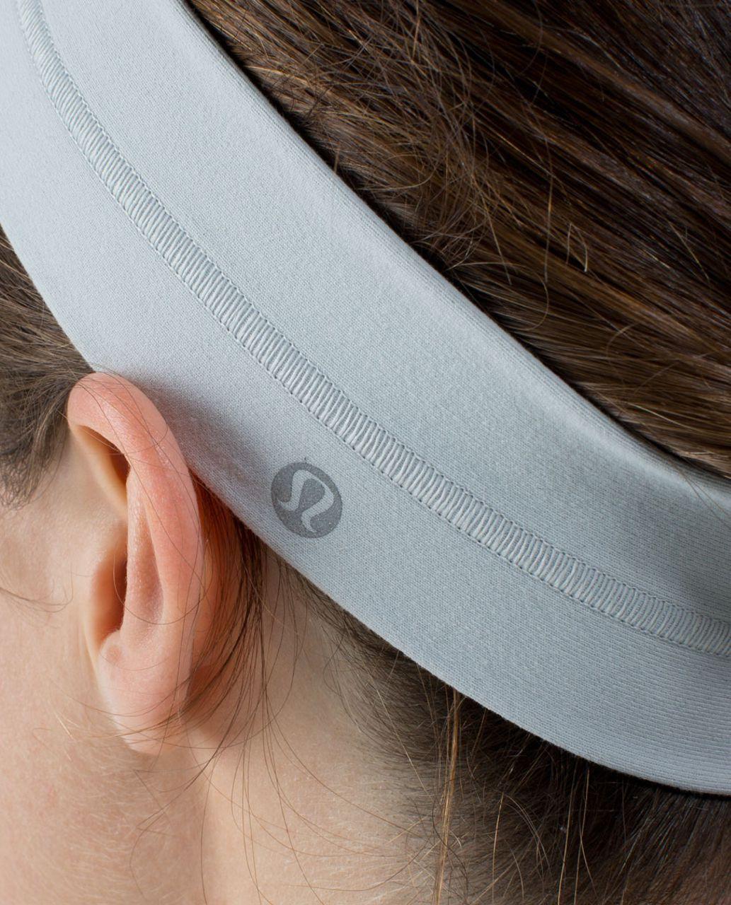 Lululemon Fly Away Tamer Headband - Silver Spoon