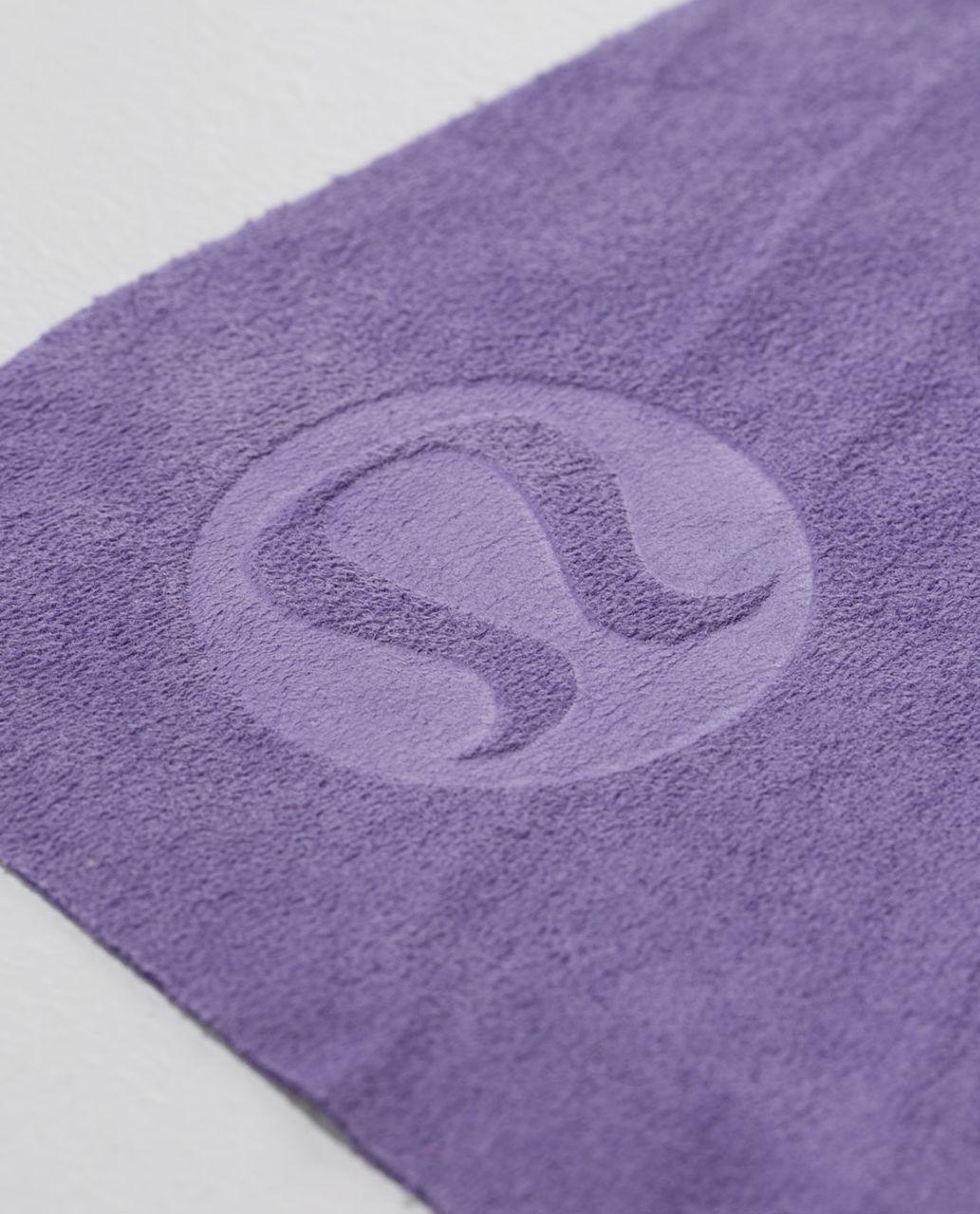 Lululemon The Towel - Winter Orchid