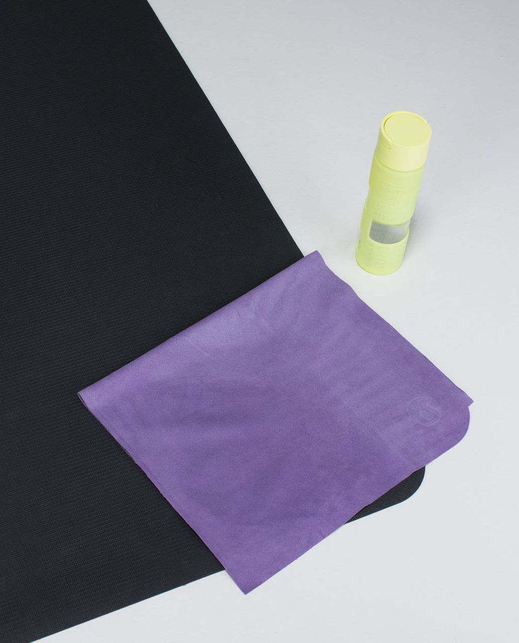 Lululemon The (Small) Towel - Winter Orchid