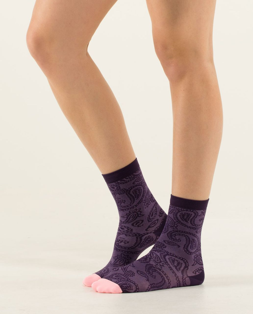 Lululemon Run For Fun Sock - Paisley Mesh Deep Zinfandel
