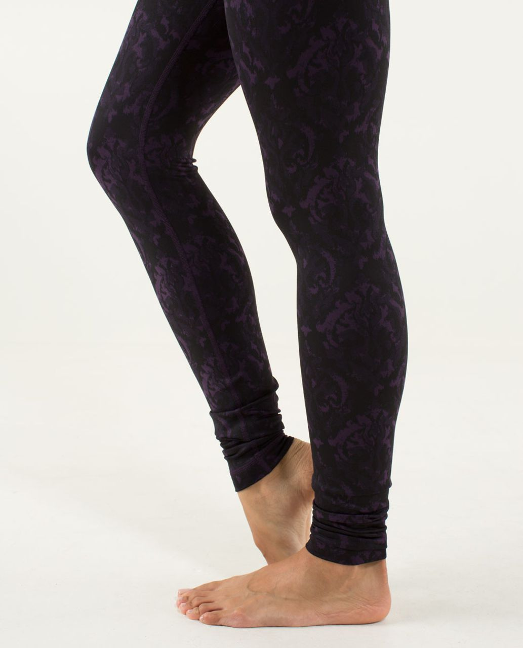 Lululemon Wunder Under Pant - Beautiful Baroque Deep Zinfandel / Deep Zinfandel