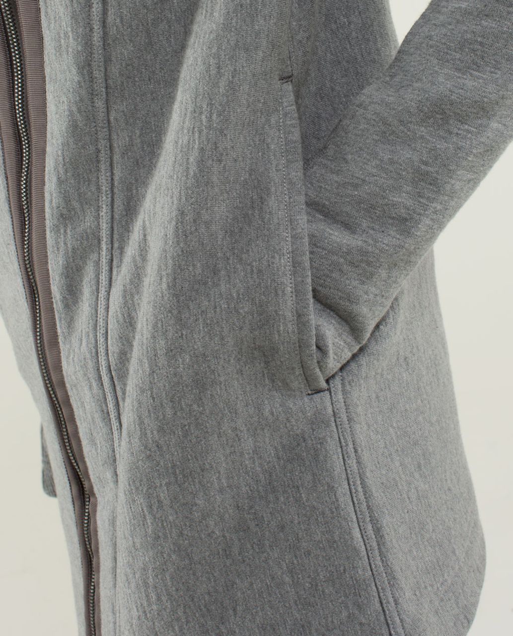 Lululemon Virasana Blanket Wrap - Heathered Medium Grey / Silver Spoon / Heathered Medium Grey