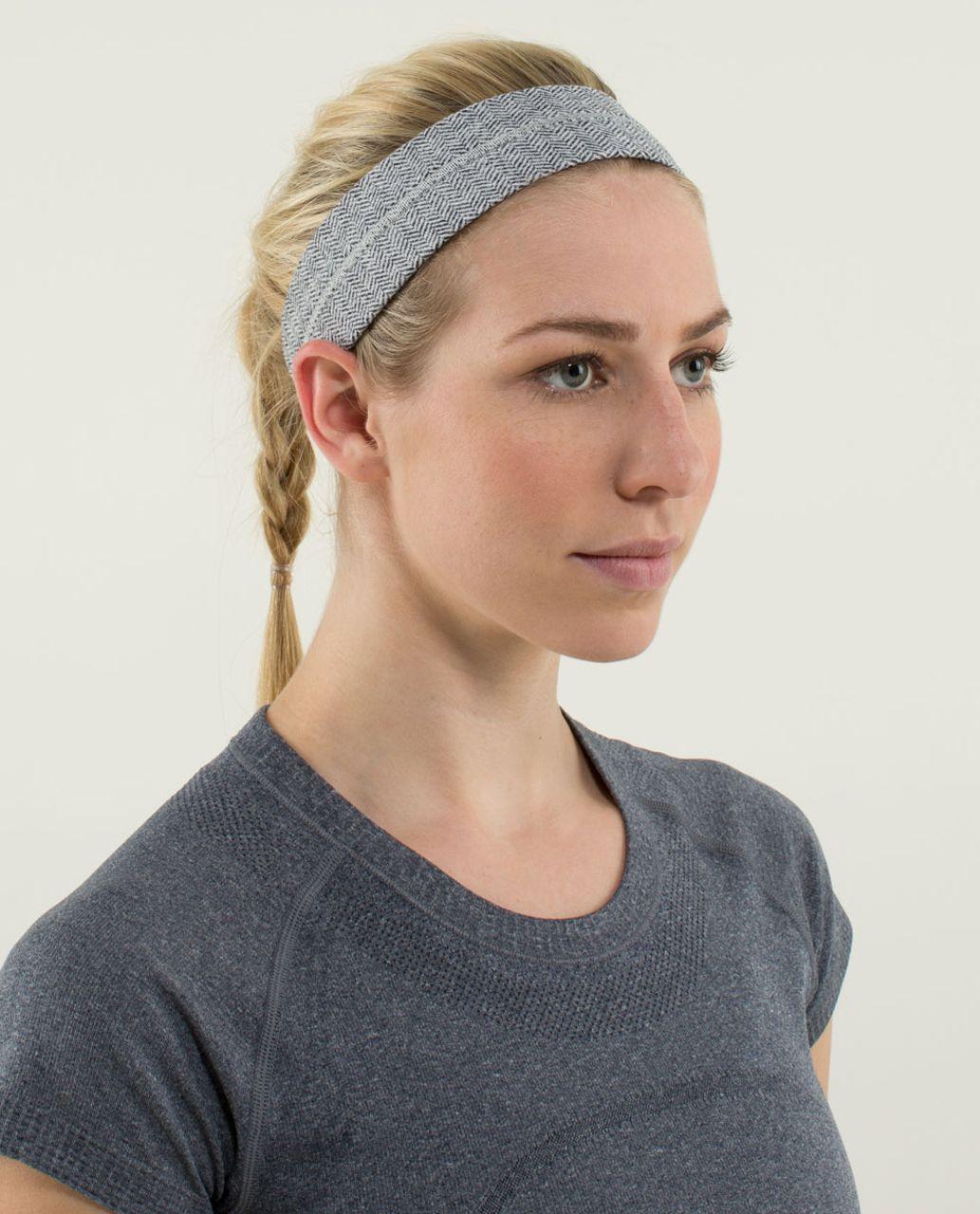 Lululemon Fly Away Tamer Headband - Heathered Herringbone Heathered Black White