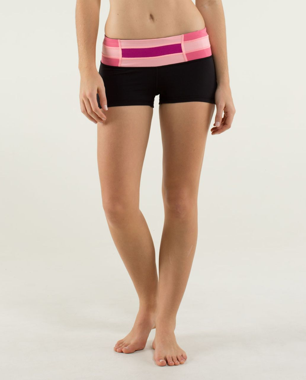 Lululemon Boogie Short *Full-On Luon - Black / Quilt Winter 13-01