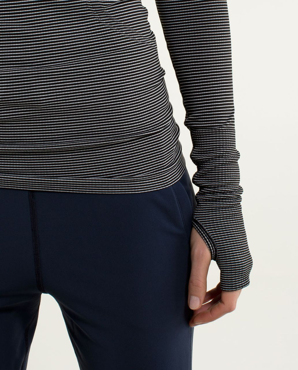 Lululemon Run:  Swiftly Tech Long Sleeve *Stripe - Black