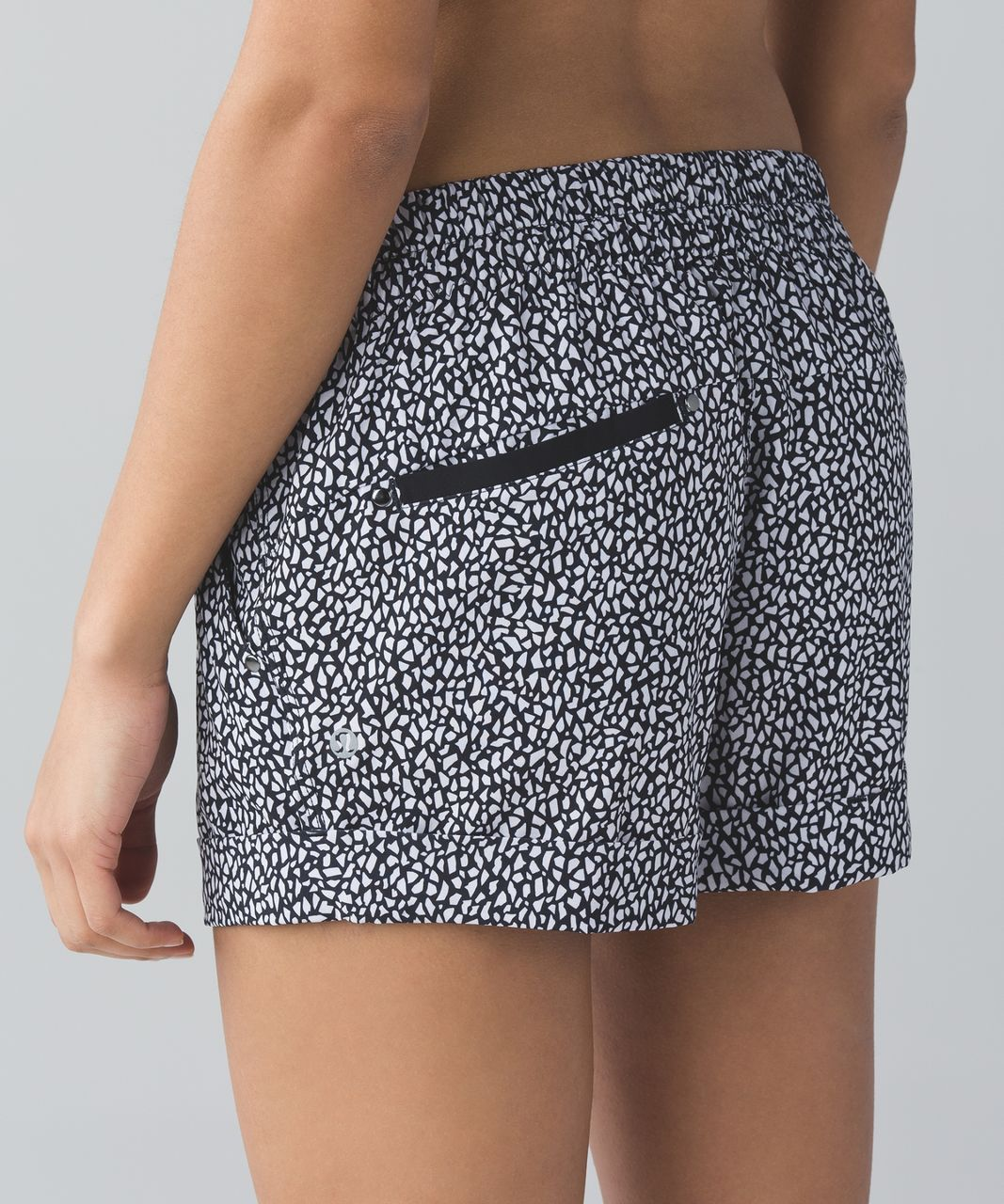 Lululemon Spring Break Away Short - Miss Mosaic Black