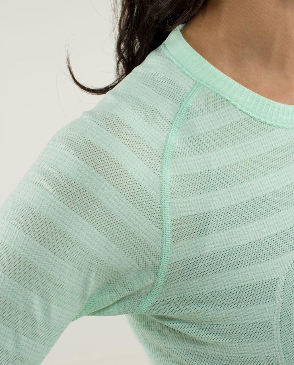 Lululemon Run:  Swiftly Tech Long Sleeve *Stripe - Heathered Fresh Teal