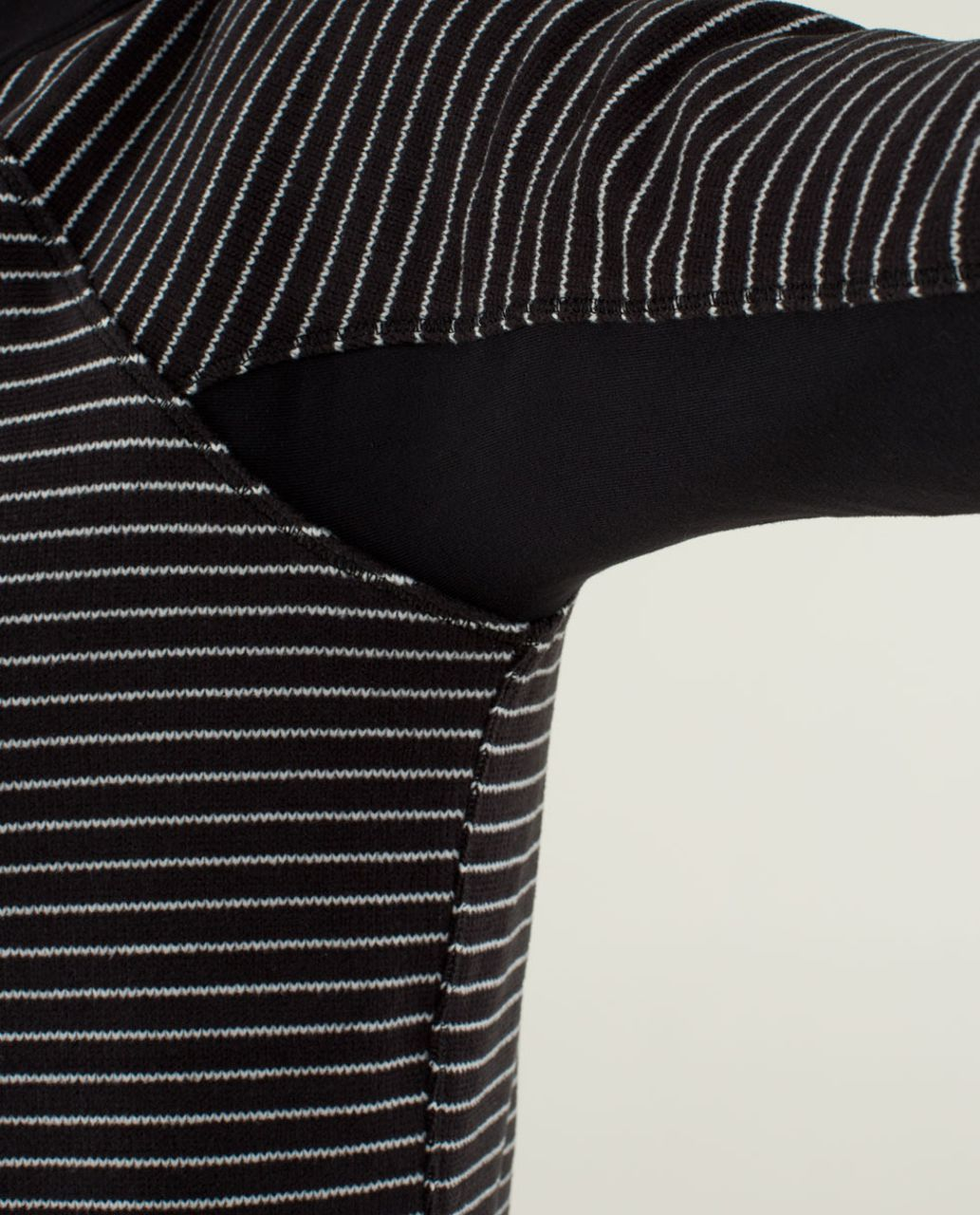 Lululemon Fleet Street Pullover - Parallel Stripe Black White / Black