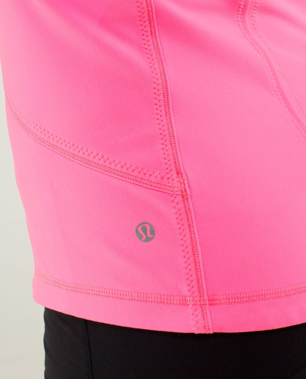 Lululemon Forme Jacket *Cuffins - Zing Pink Light