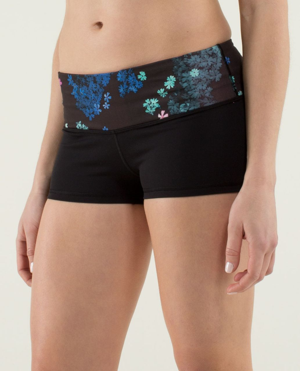Lululemon Boogie Short *Full-On Luon - Black / Petal Pop Multi / Zing Pink Light