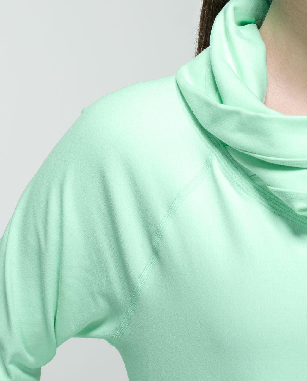 Lululemon Healthy Heart Pullover - Fresh Teal