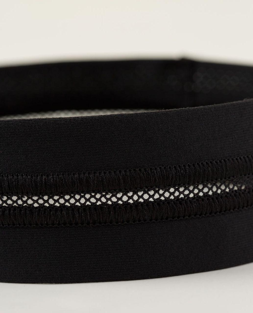 Lululemon Fly Away Tamer Headband *Mesh - Black