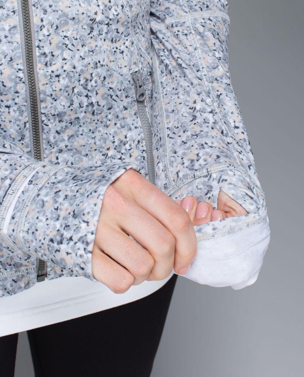 Lululemon Forme Jacket *Cuffins - Petite Fleur Silver Spoon