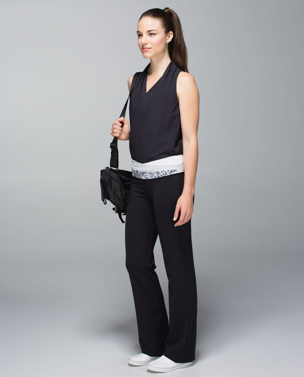 Lululemon Astro Pant (Regular) *Full-On Luon - Black / Not So Petite Fleur Silver Spoon / Silver Spoon / White