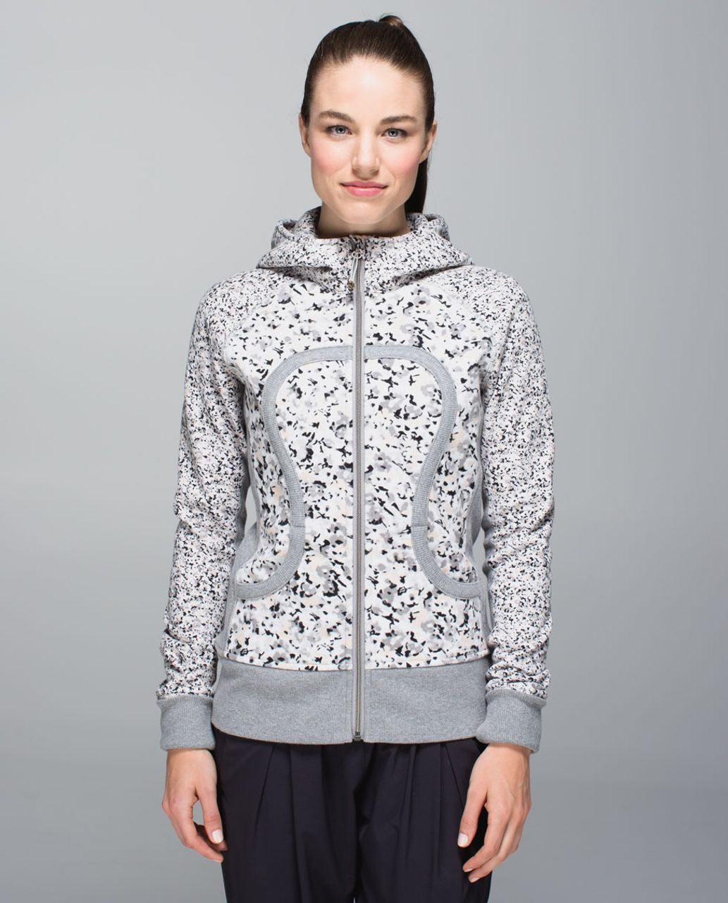 Lululemon Scuba Hoodie II - Not So Petite Fleur Silver Spoon / Heathered Medium Grey / Petite Fleur Silver Spoon