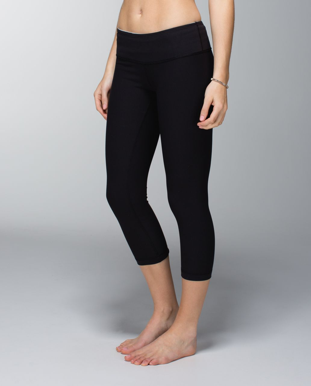 Lululemon Wunder Under Crop *Full-On Luon - Black / Quilt Spring 14-09