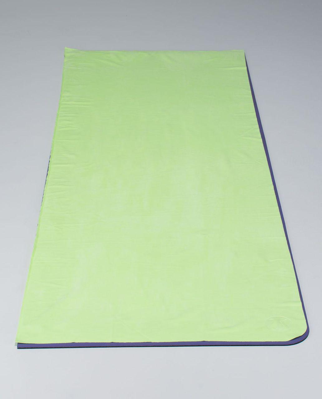 Lululemon The Towel - Clear Mint
