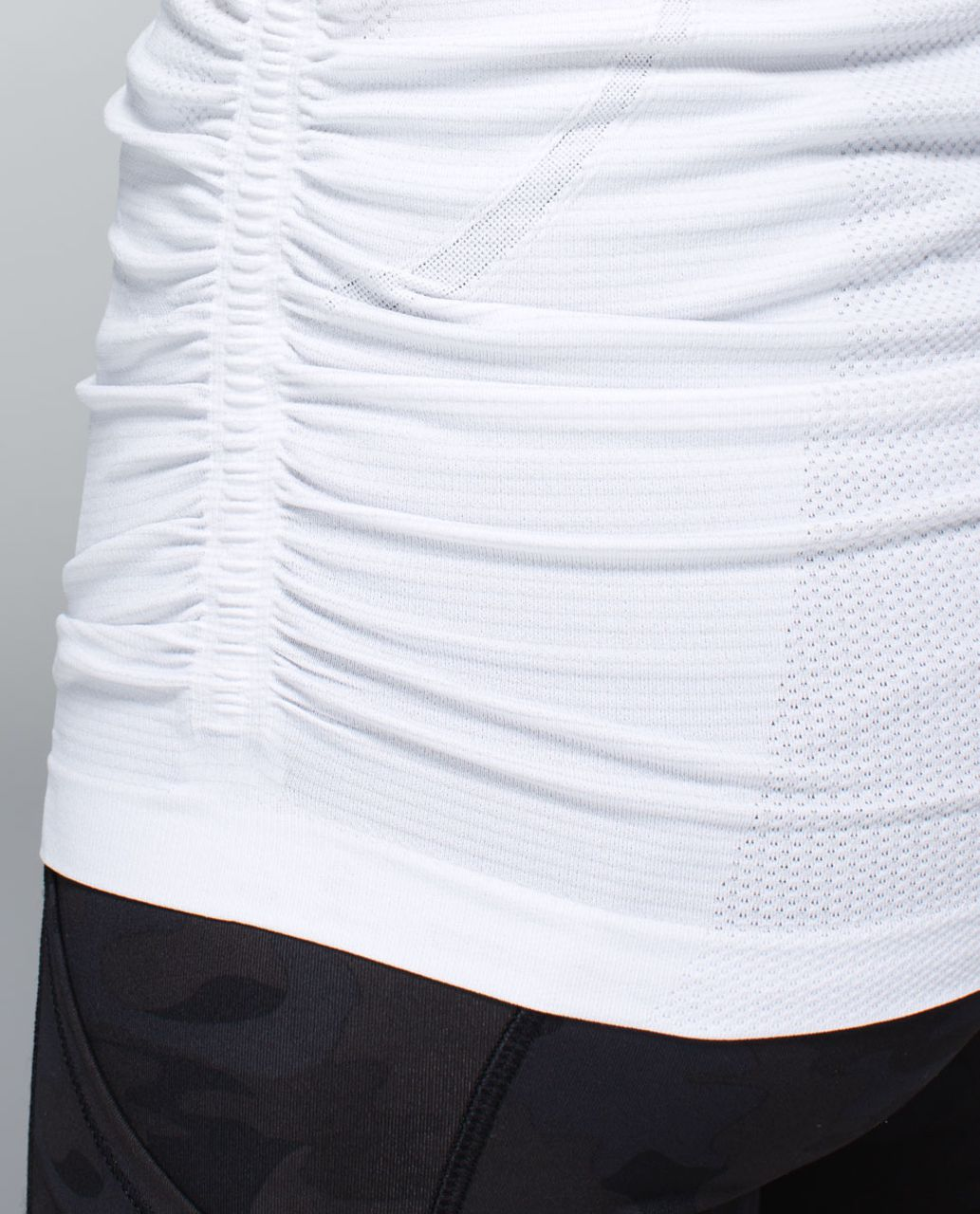 Lululemon Run:  Swiftly Tech Long Sleeve Scoop *Ruched - Heathered White