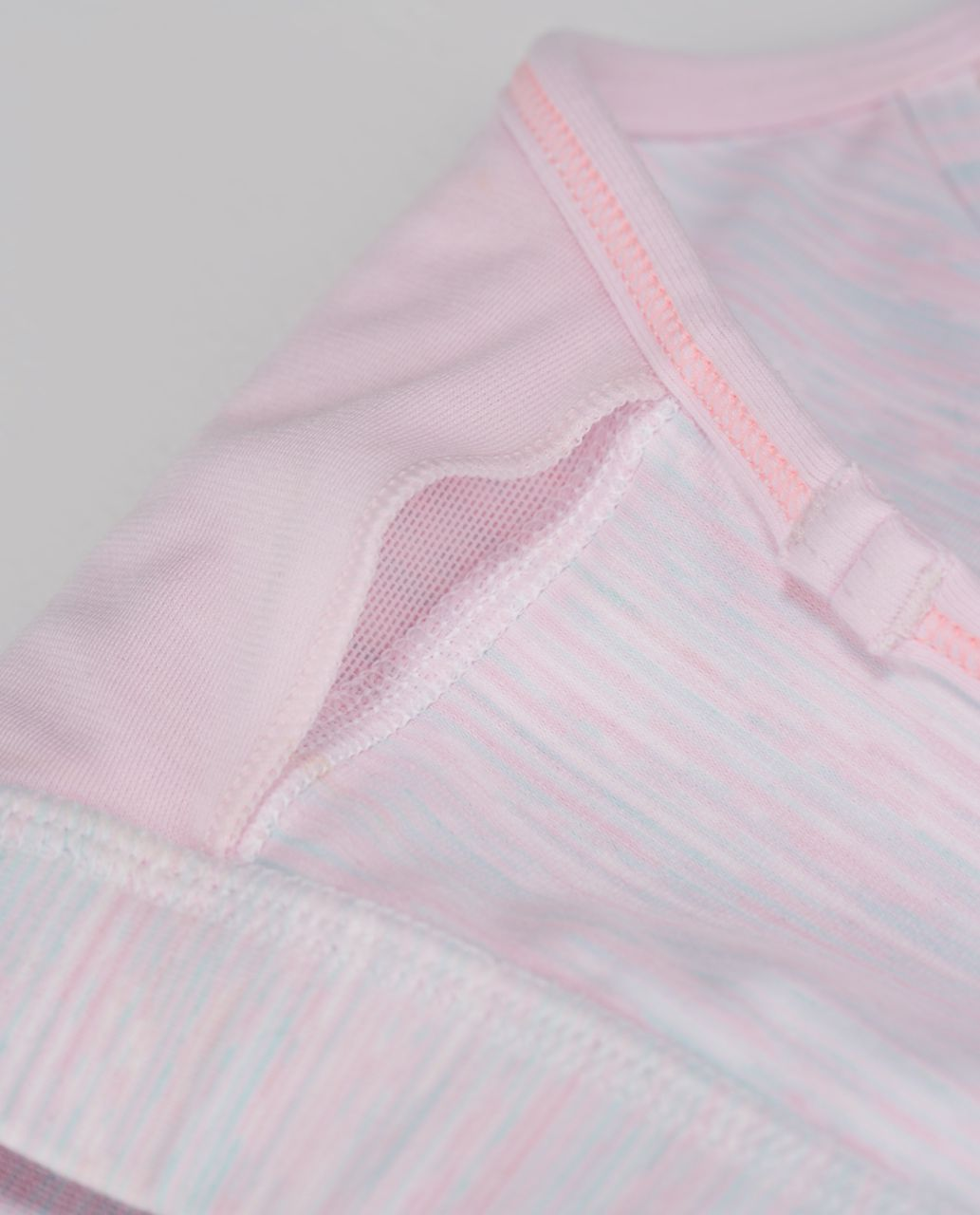 Lululemon Flow Y Bra IV - Wee Are From Space White Barely Pink / Barely Pink