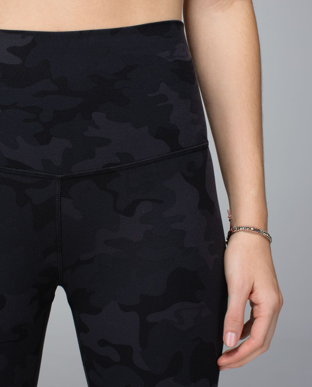 Lululemon Wunder Under Crop (Roll Down) - Savasana Camo 20cm New Black / Soot