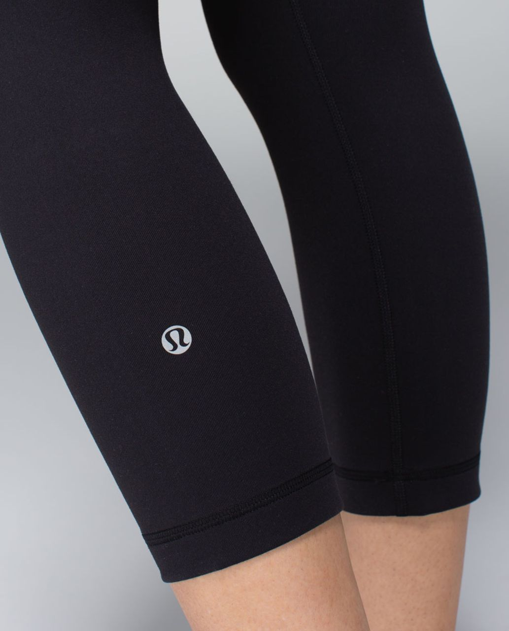 Lululemon Wunder Under Crop *Full-On Luon - Black / Su14 Quilt 6