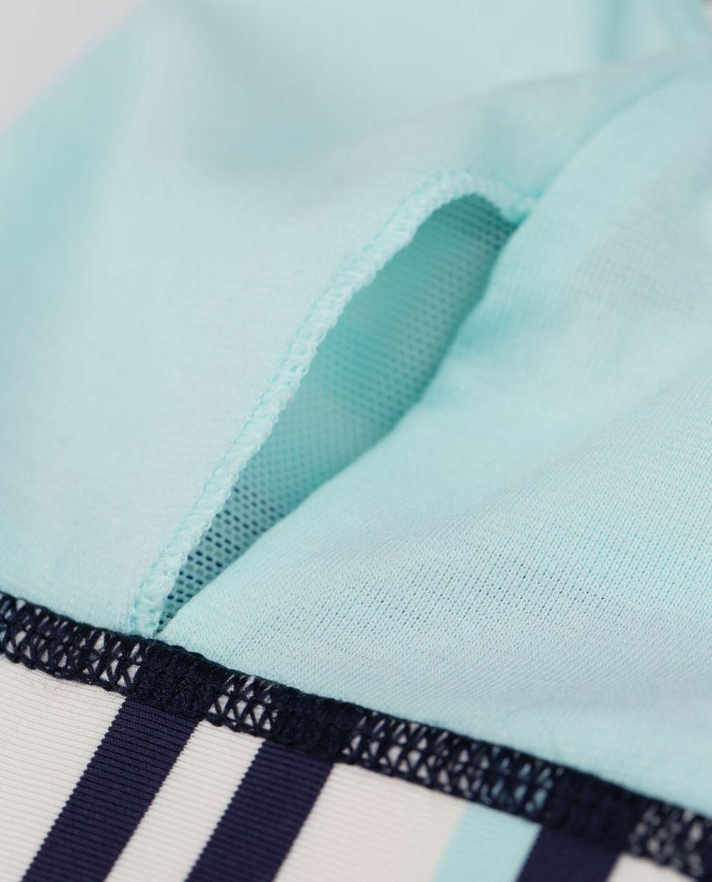 Lululemon Energy Bra - Groovy Stripe Cadet Blue / Aquamarine / Cadet Blue