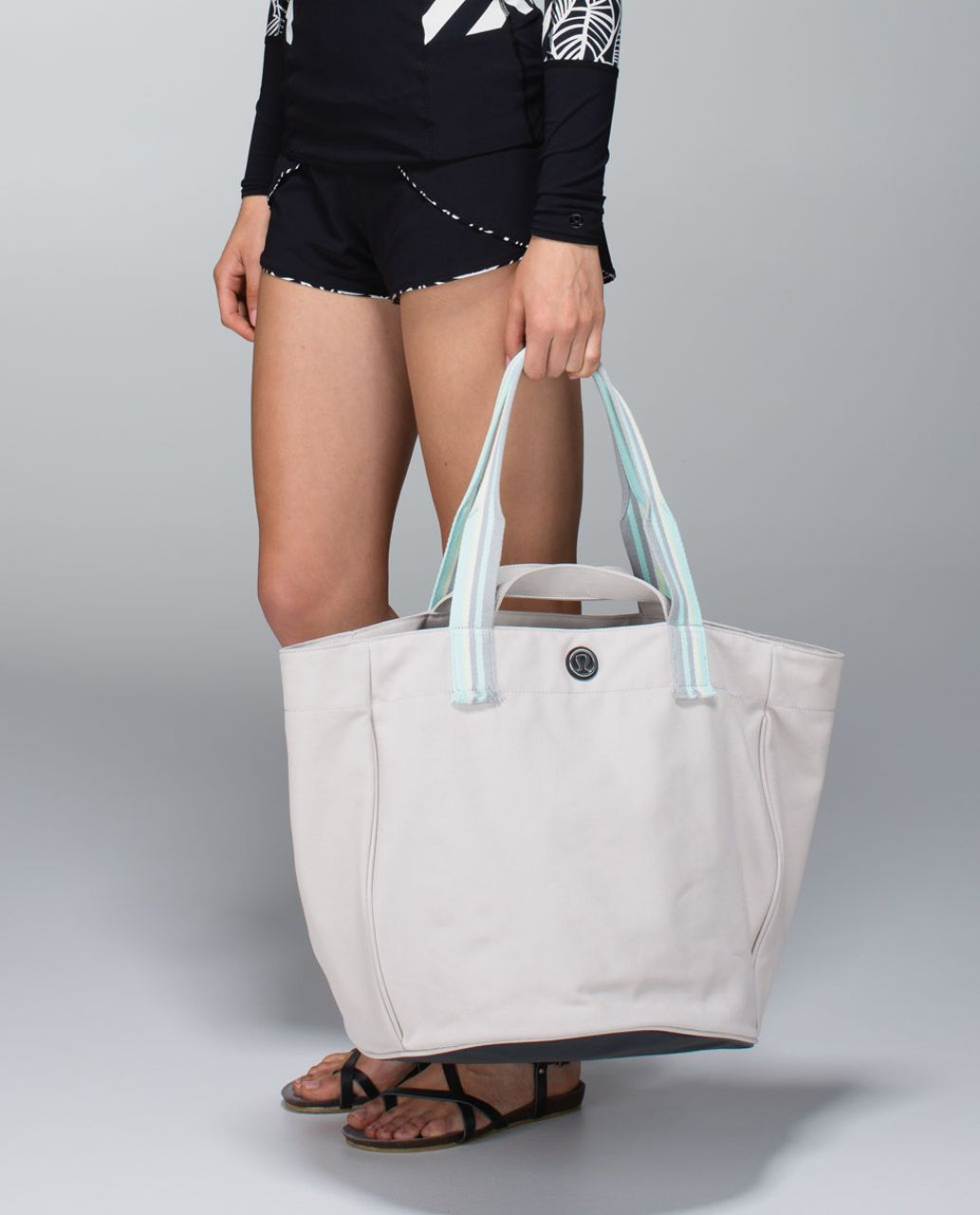 ad042f6b20b Lululemon Beach Breaker Bag - Dune / Mini Steep Stripe Manifesto Printed  Silver Spoon White - lulu fanatics