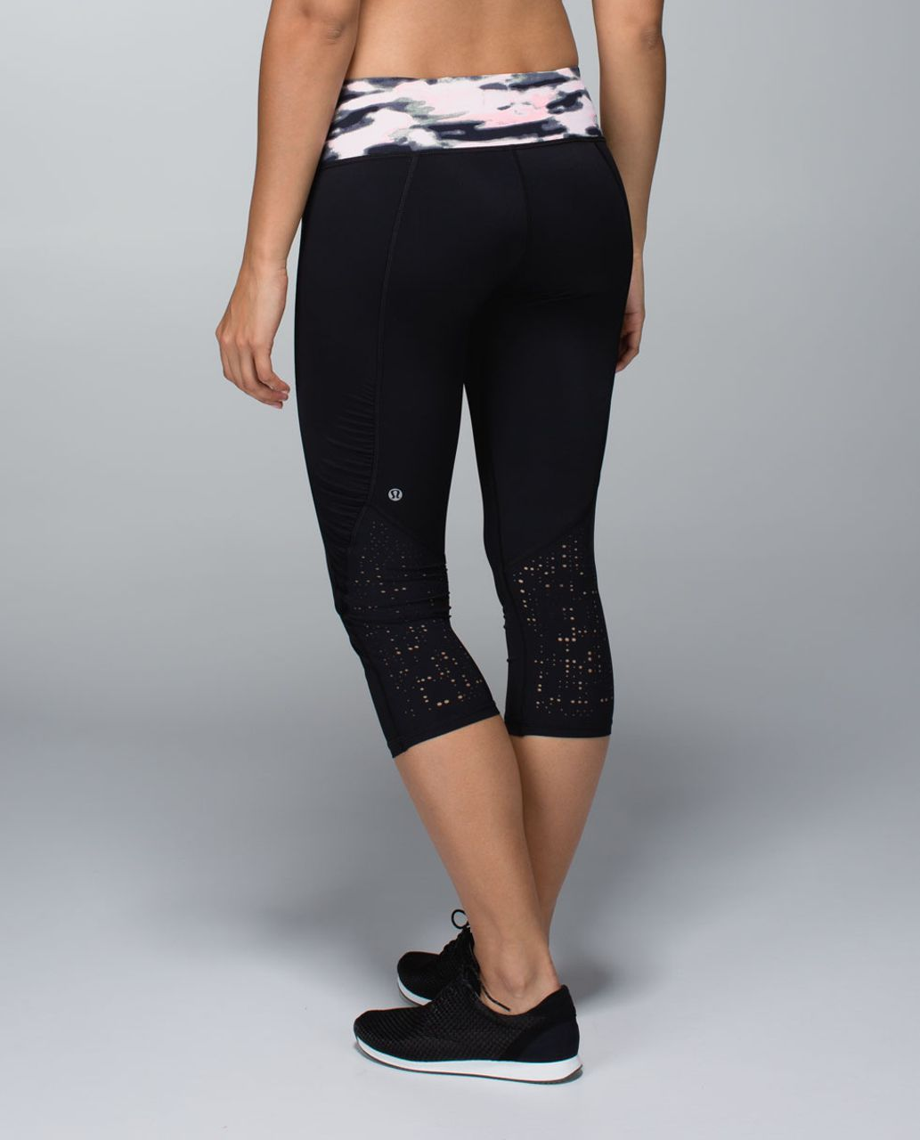 Lululemon Water Bound Crop - Black / Wamo Camo Barely Pink / Bleached Coral