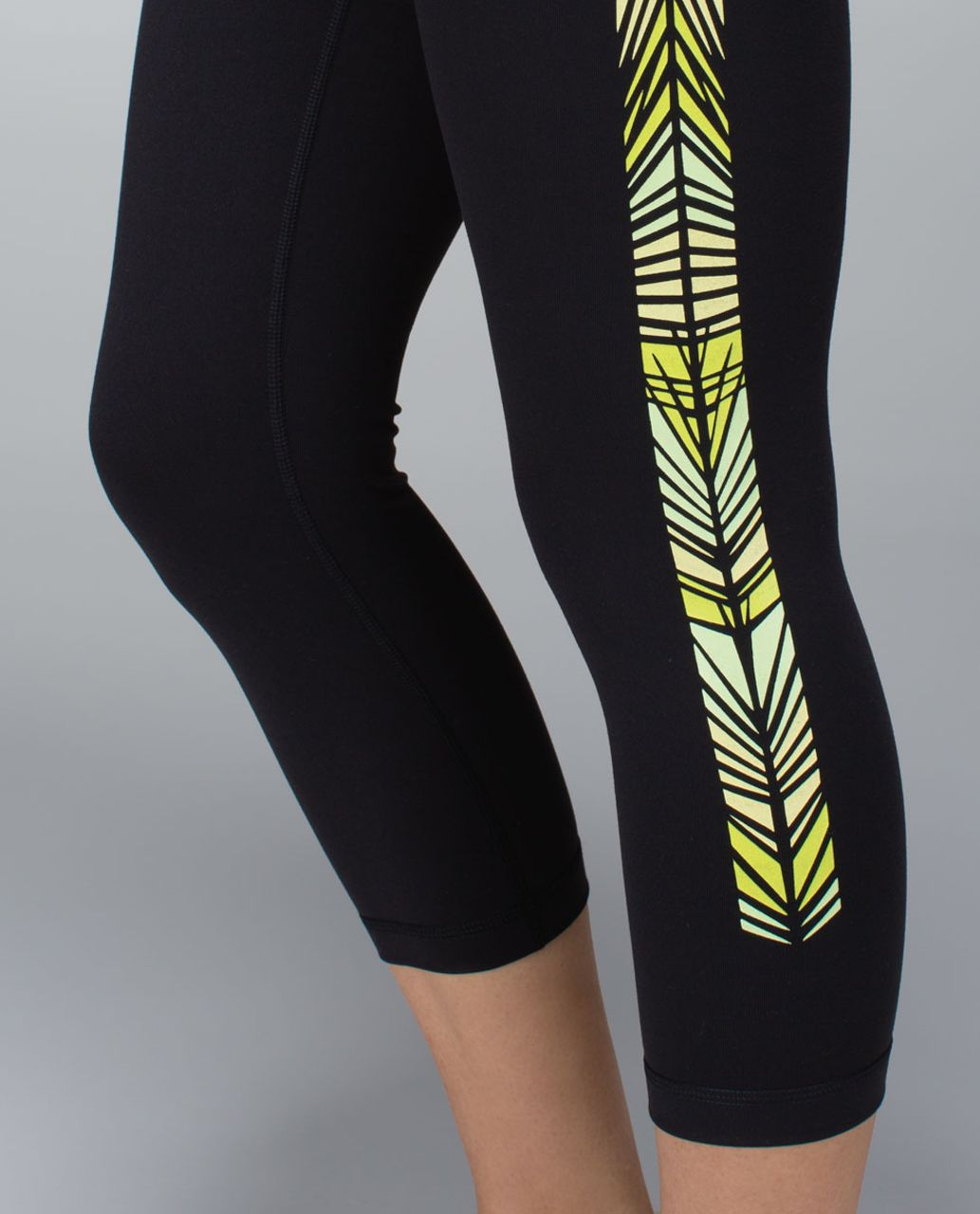 Lululemon Wunder Under Crop (Print) *Full-On Luon - Black /  Green