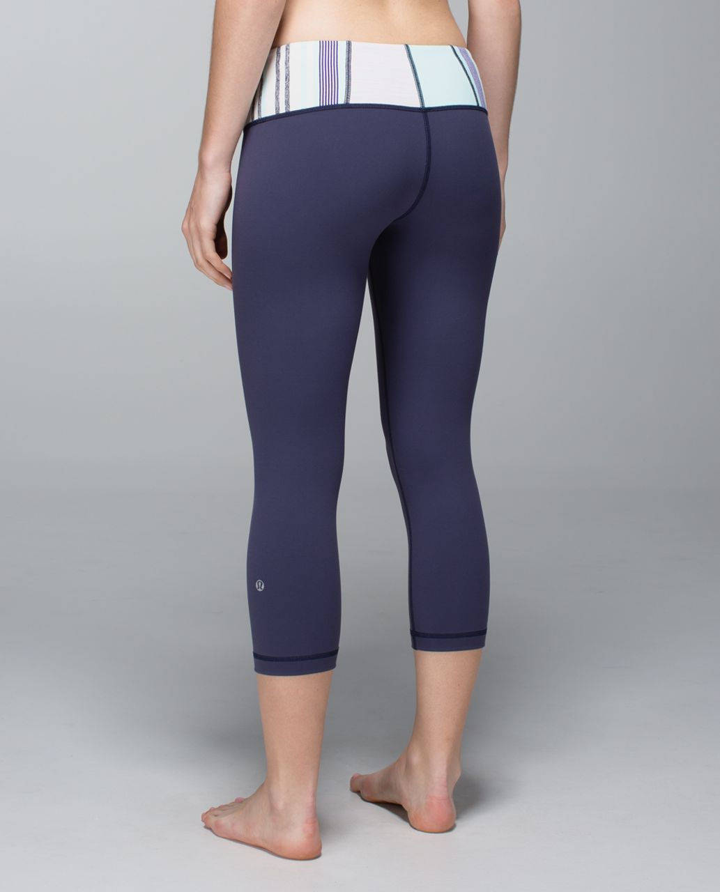 Lululemon Wunder Under Crop *Full-On Luon - Cadet Blue / Su14 Quilt 7