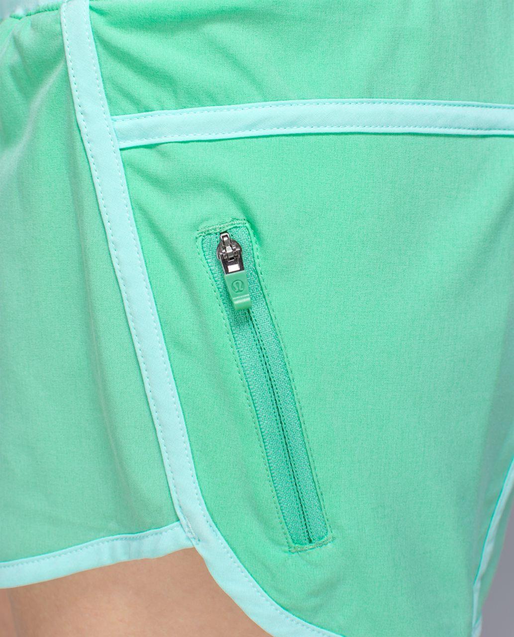 Lululemon Tracker Short II *4-way Stretch - Opal / Aquamarine