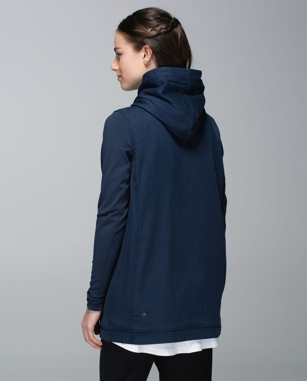 Lululemon Blissed Out Wrap - Inkwell