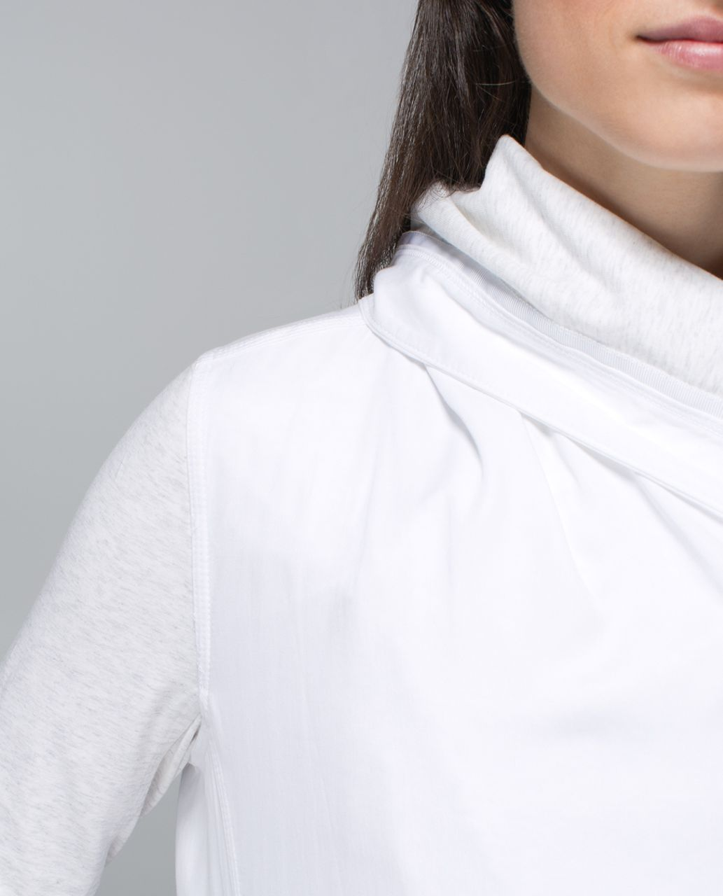 Lululemon Blissed Out Wrap - White / Heathered White