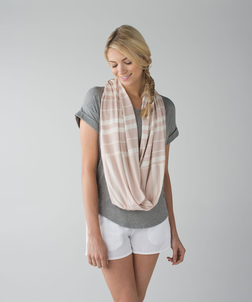 Lululemon Vinyasa Scarf *Vitasea - Beach Blanket Stripe Angel Wing Grain