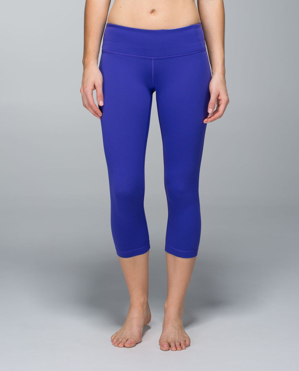 Lululemon Wunder Under Crop (Reversible) - Bruised Berry / Black