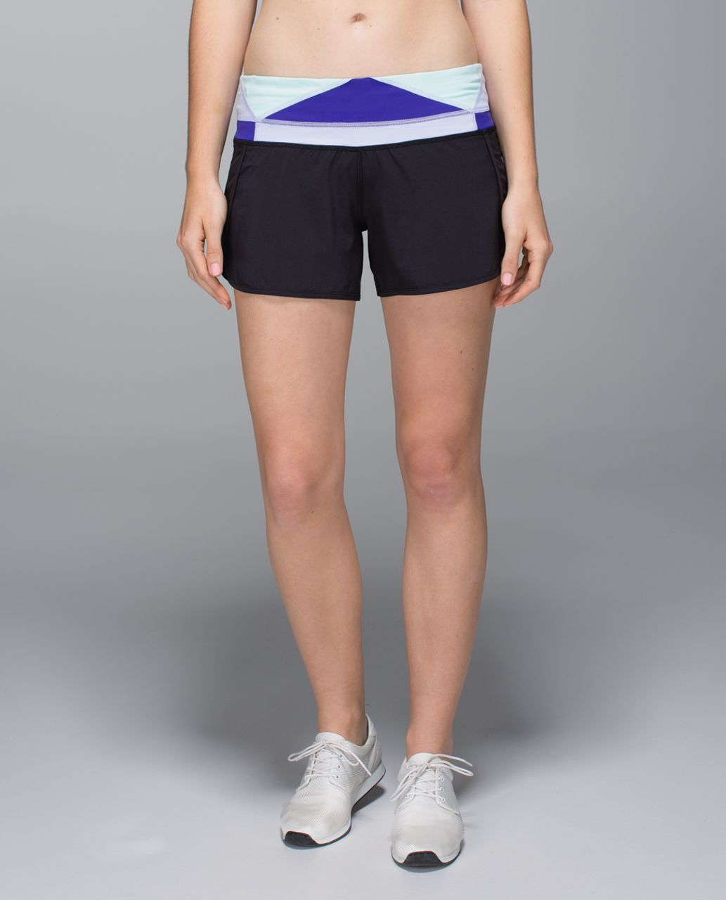 Lululemon Run Times Short *2-way stretch - Black / Su14 Quilt 34