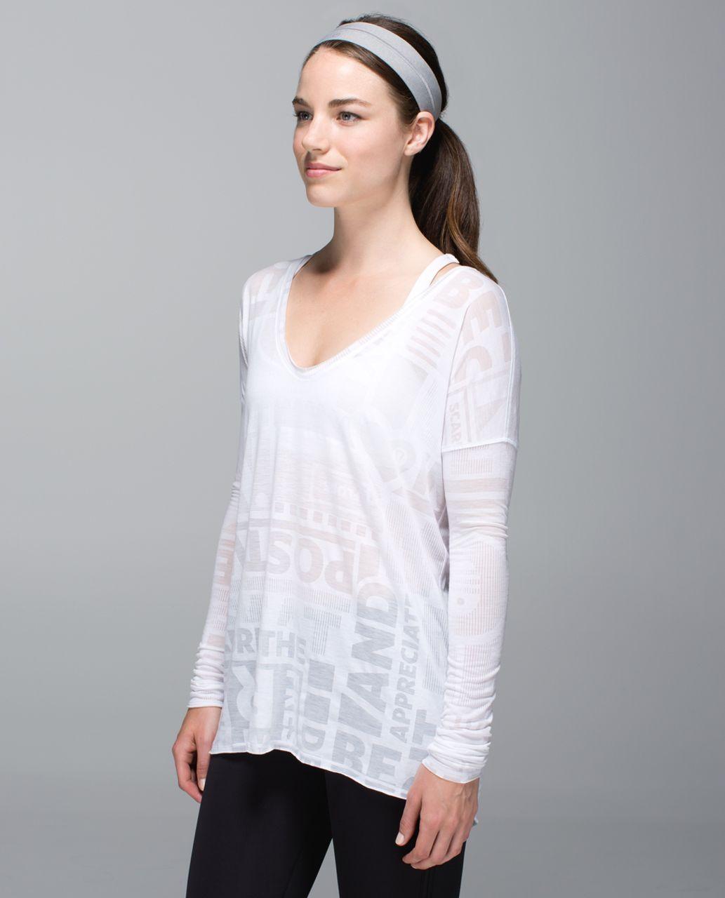 Lululemon Fly Away Tamer Headband - Heathered Medium Grey