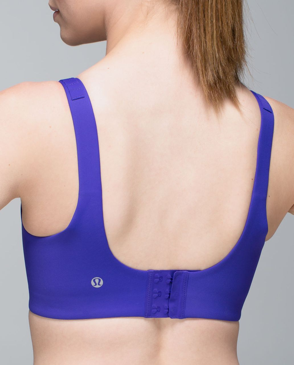 Lululemon Booby Bracer (D-E cup) - Bruised Berry