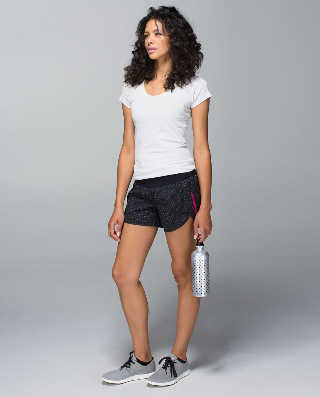Lululemon Tracker Short II *2-way Stretch - Sweet Spot Black Angel Wing / Black