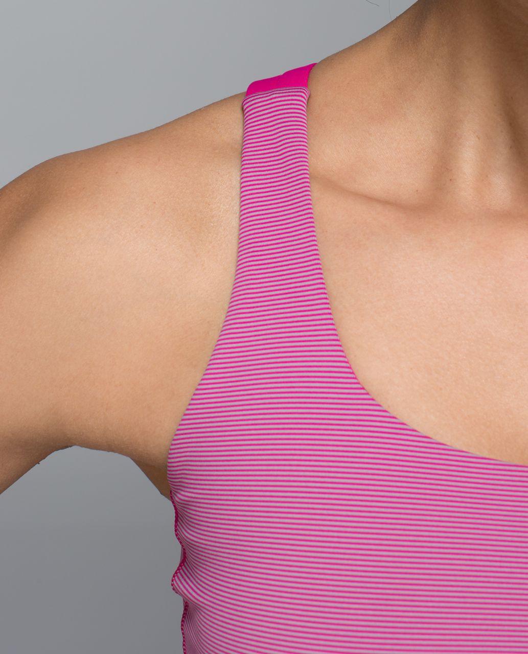 Lululemon Energy Bra - Wee Stripe Jewelled Magenta / Jewelled Magenta