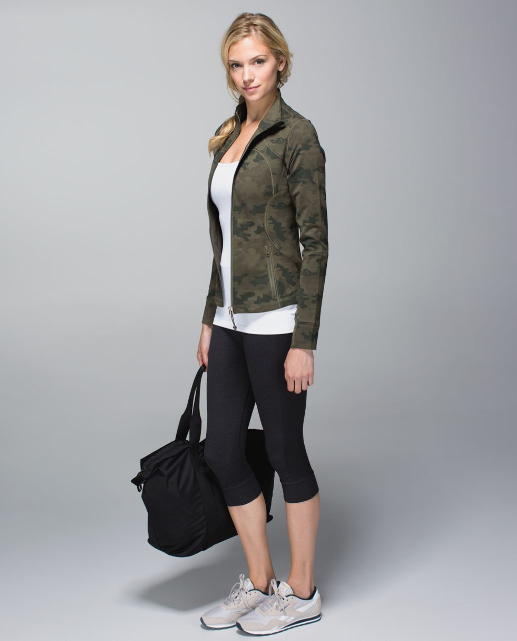 Lululemon Forme Jacket *Cuffins - Savasana Camo 20cm Fatigue Green
