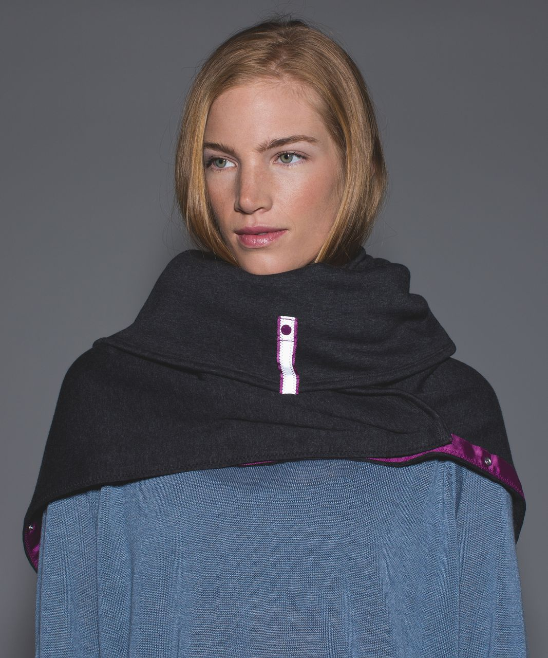 Lululemon Vinyasa Scarf *Velour - Heathered Black / Deep Coal