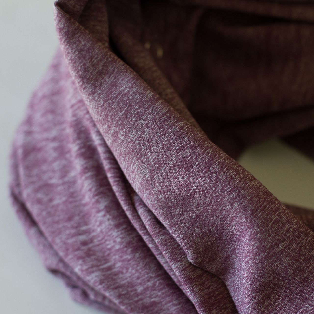 Lululemon Vinyasa Scarf - Heathered Muted Mauve