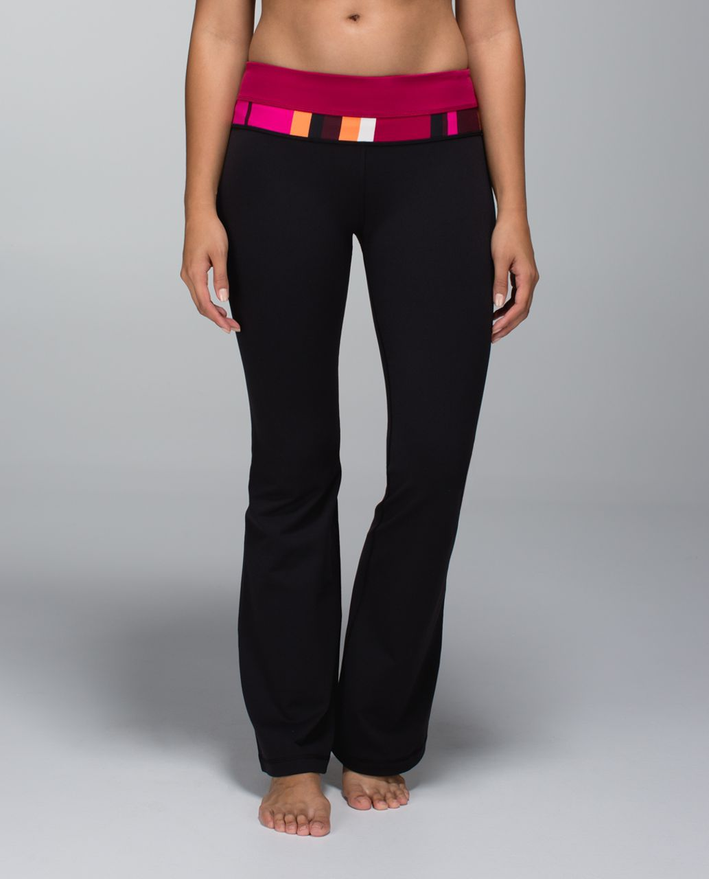 Lululemon Groove Pant *Full-On Luon (Regular) - Black / Bumble Berry / Blossom Stripe Bumble Berry Ghost