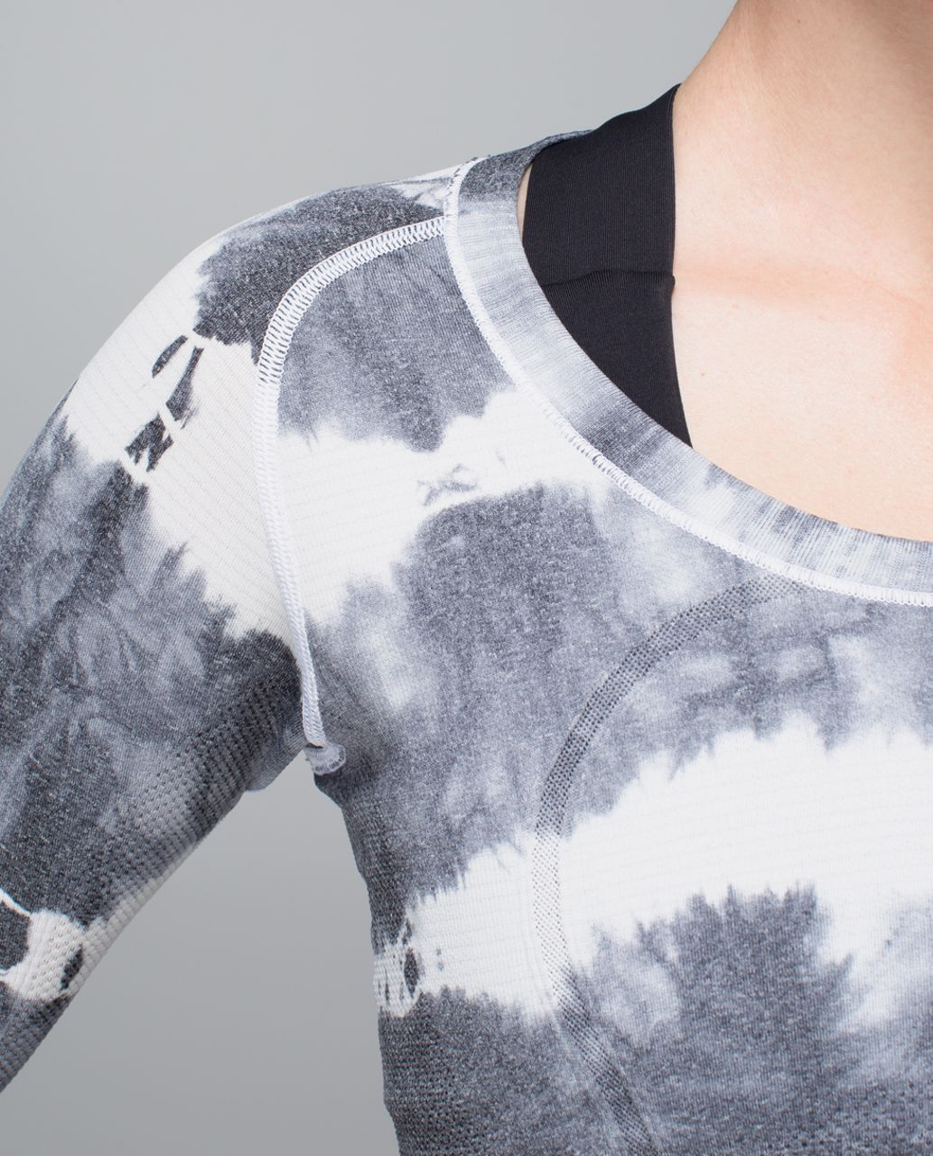 Lululemon Run:  Swiftly Tech Long Sleeve Scoop - Heathered Black