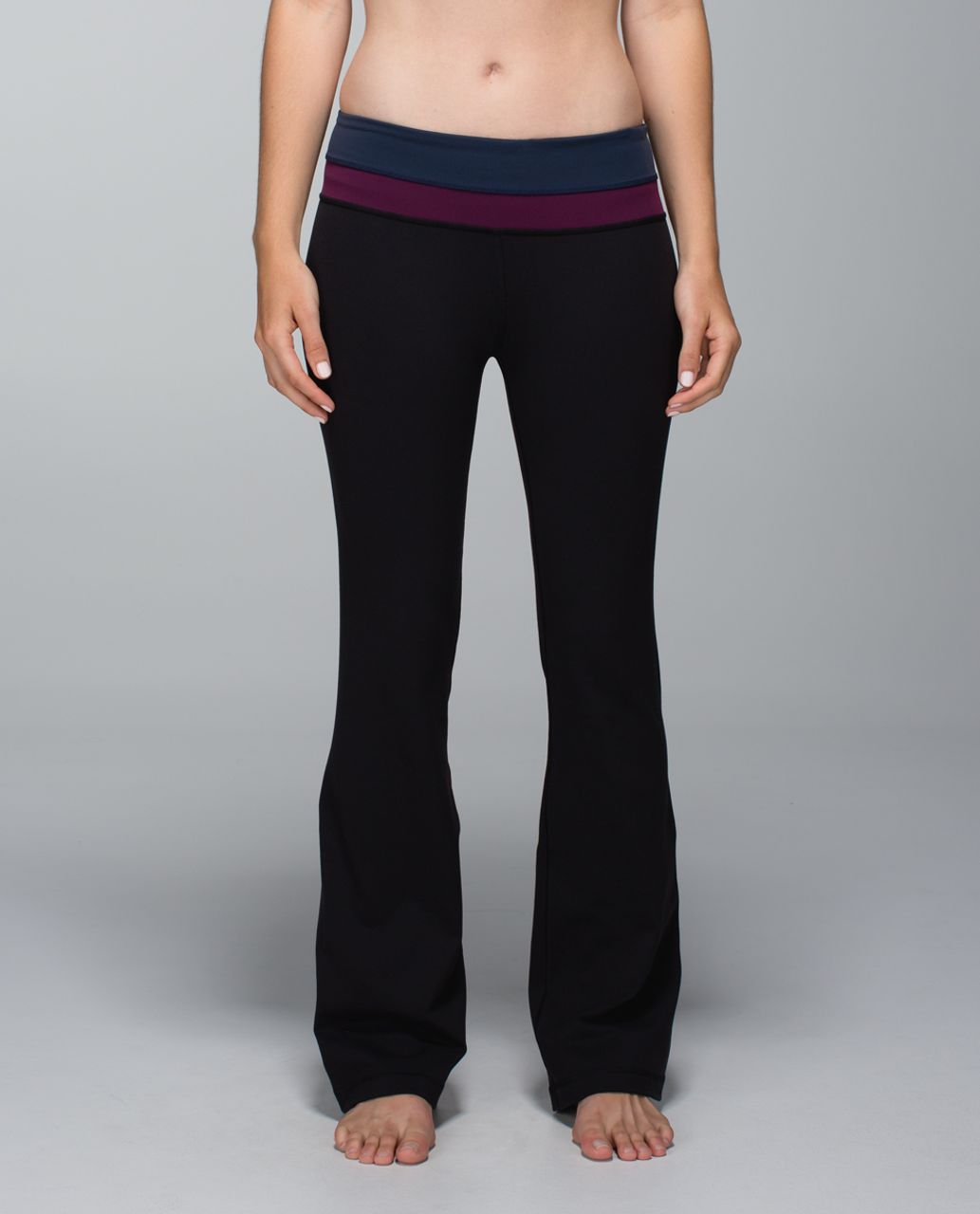 Lululemon Groove Pant *Full-On Luon (Regular) - Black / Inkwell / Plum