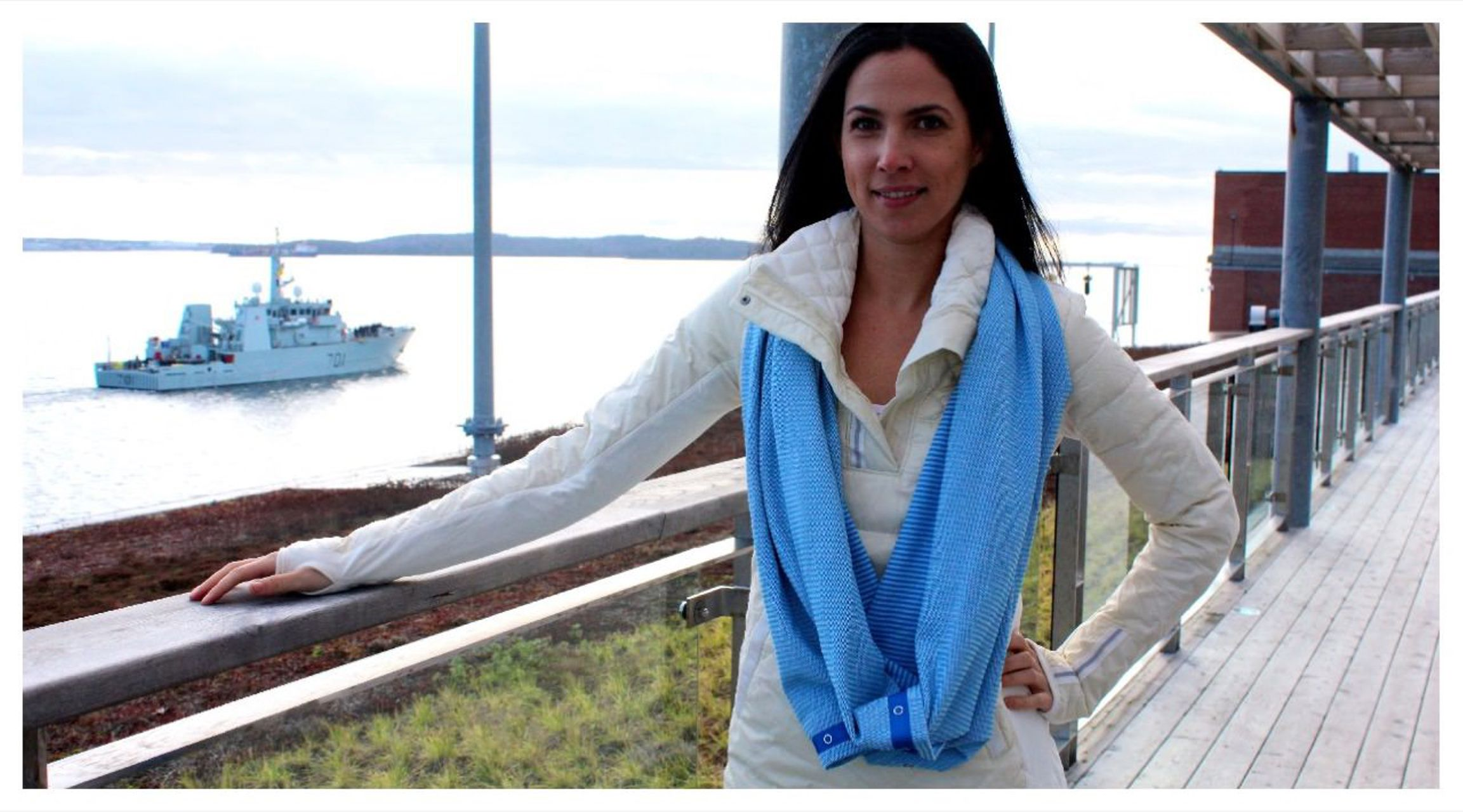Lululemon Vinyasa Scarf - Beaming Blue / Polar Cream